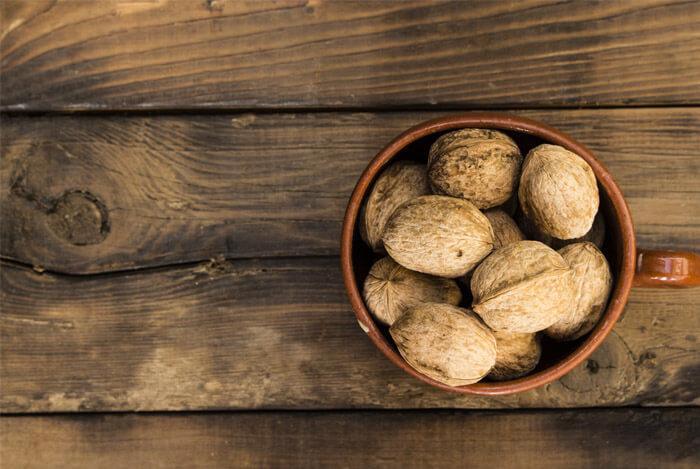 brain-health-walnuts