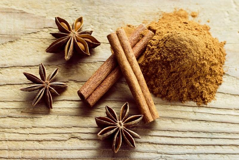 Cinnamon allergies, symptoms, and risks