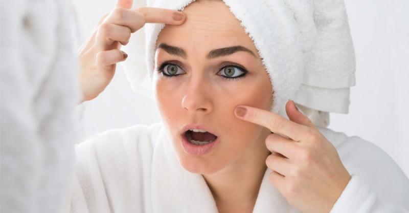 How to Get Rid of Dark Spots on Your Face 800x416 - DONKERE VLEKKEN OP JE GEZICHT 11 NATUURLIJKE BEHANDELINGEN + OORZAAK EN SYMPTONEN