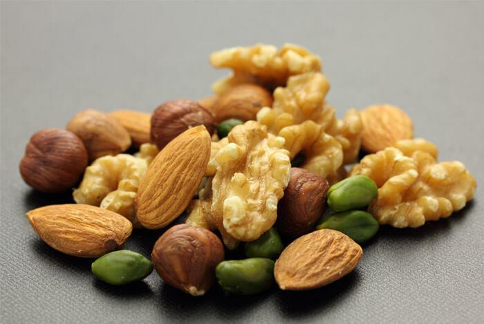 precautions-walnuts
