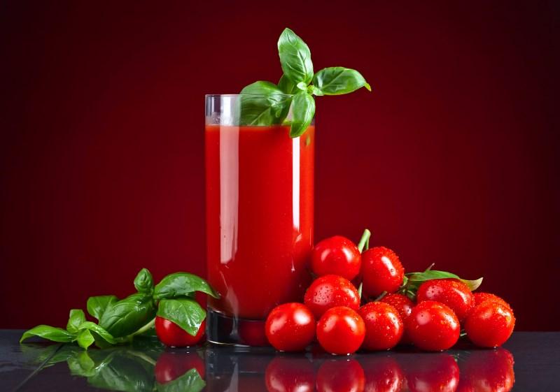 tomaten en bloed stolt