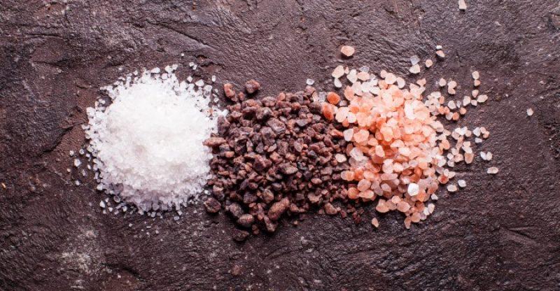 Types of Salt 800x416 - BESTE SOORTEN ZOUT: ZEEZOUT VERSUS KELTISCH ZOUT - KOSJER ZOUT HIMALAYA ZOUT KEUKENZOUT