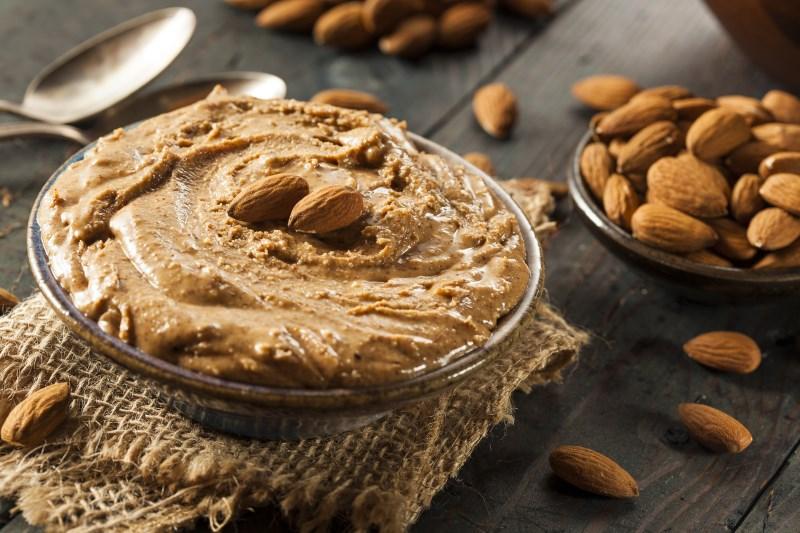 amandel boter gezond hoog cholesterol en vet voedsel