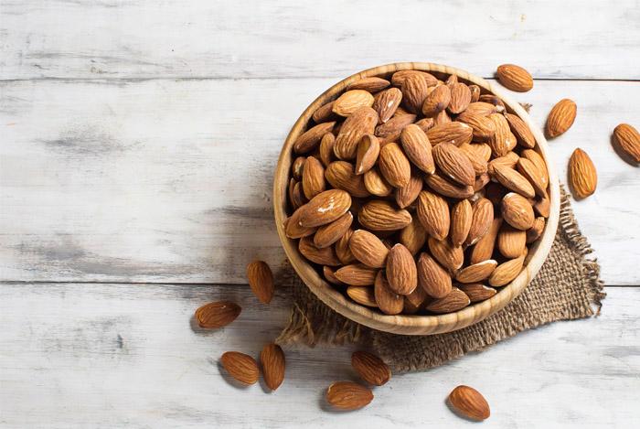 almonds help build muscels