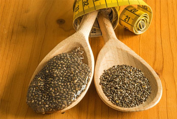 chia-seeds-gel-in-spoon