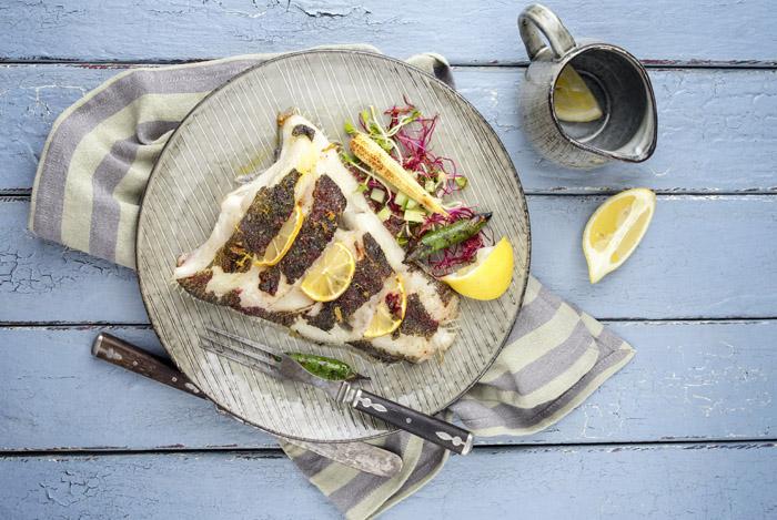 cooked fish plate - 6 GEZONDE EIGENSCHAPPEN VAN HET ETEN VAN VIS