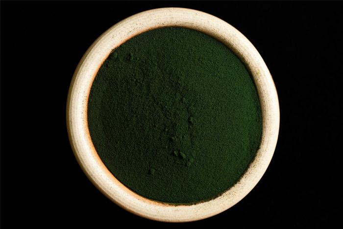 dark-green-spirulina-bowl