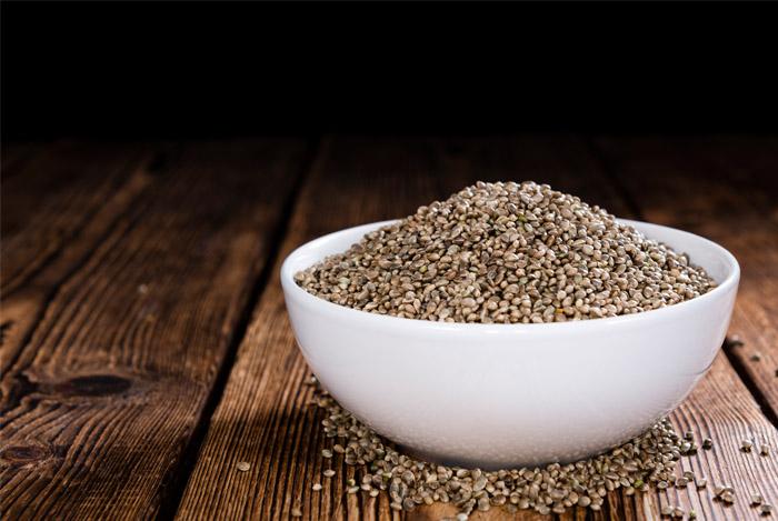 hemp-seeds-bowl