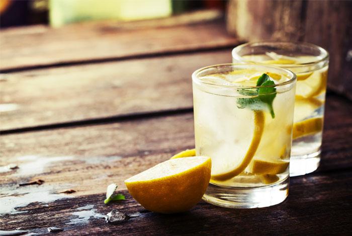 drink lemon water for detox