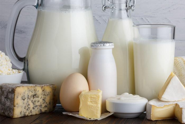 milk and b12 vitamin