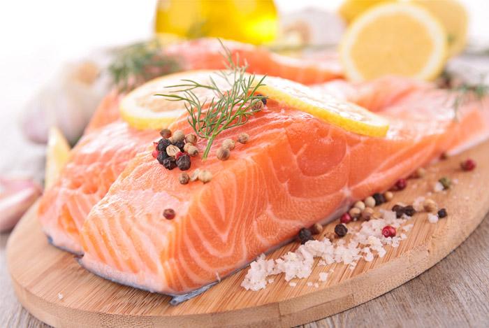 salmon great weight loss food - GEWICHTSVERLIES 30 VOEDINGSMIDDELEN DIE KUNNEN HELPEN OM AF TE VALLEN