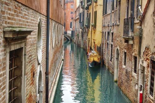 venice-water-views-landmarks