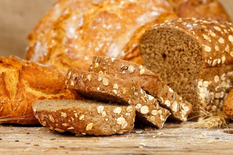 volkoren brood is gezond hoog cholesterol en vet voedsel