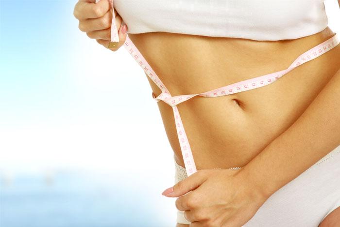 women-measuring-her-waist
